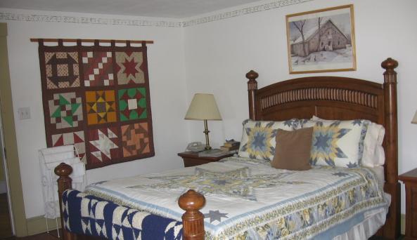 Buck's Homestead Bedroom.JPG