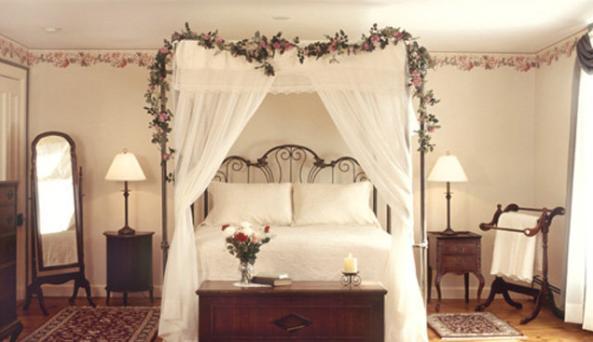 Roseroom.jpg