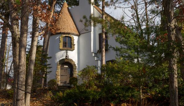Castle on Glen