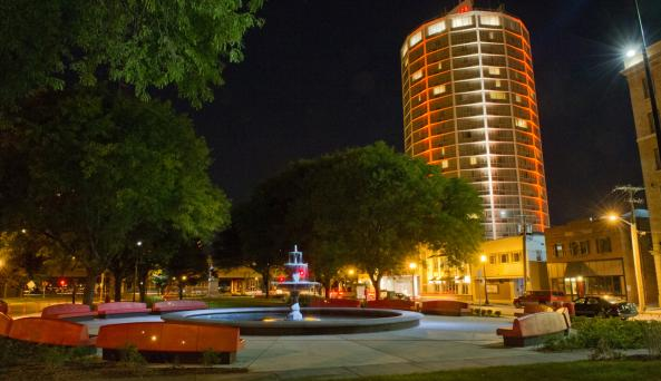 Crowne Plaza from Foreman Park