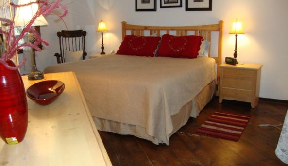 Willow Lake Cottages - Room