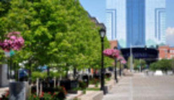 Old Falls Street, USA