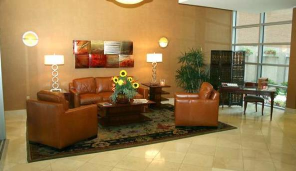 Doubletree Club Hotel