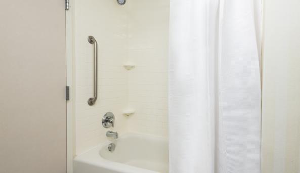 Guest Bathroom Tub