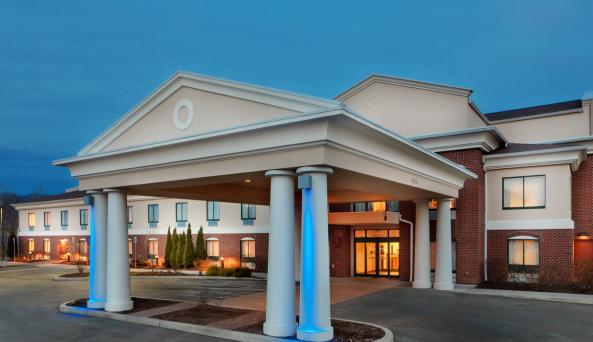 Holiday-Inn-Express-Victor-hotel-exterior-evening