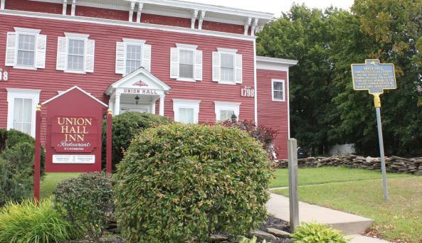 Union Hall Inn
