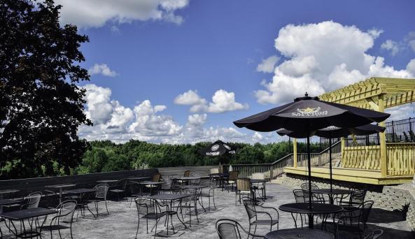 finger-lakes-hotel-farmington-restaurant
