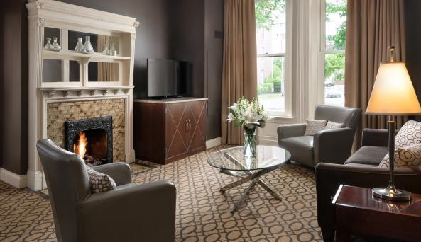 Mansion on Delaware Avenue Suite