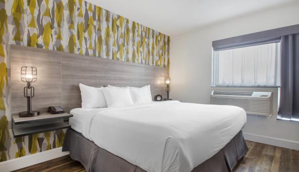 Look Hotel King Room 2