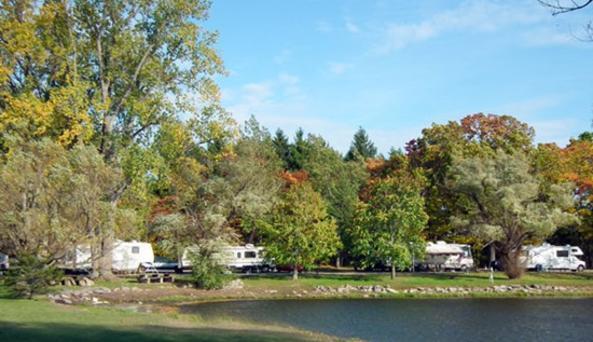 Niagara Lazy Lakes Camp