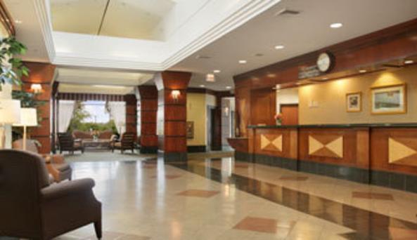 Ramada Inn Fishkill - lobby