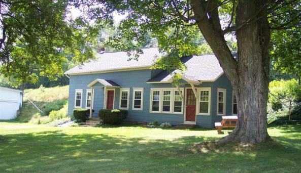 Rich Country Farm House