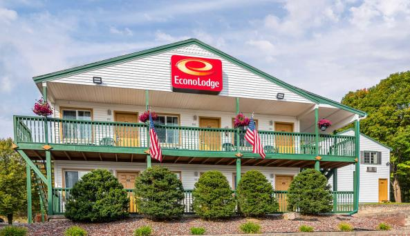 Econo Lodge 1