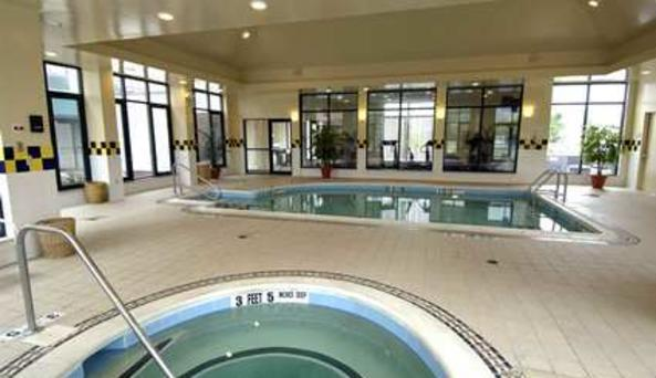 Hilton Garden Inn - pool