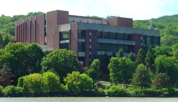Eisenhower Hall Outdoor.jpg