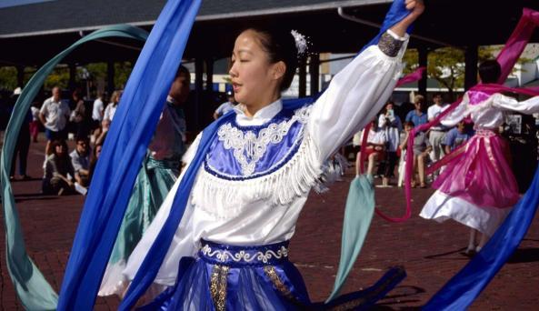 public marketChinese dancers at Public Market.jpg