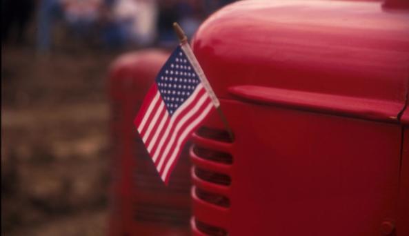 flag_redtruck.jpg