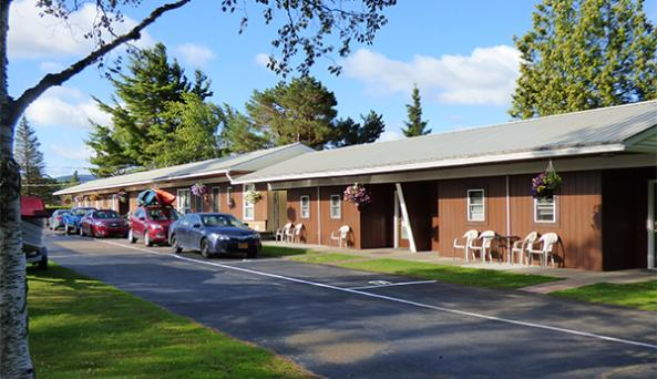 Sunset Park Motel, Tupper Lake, NY