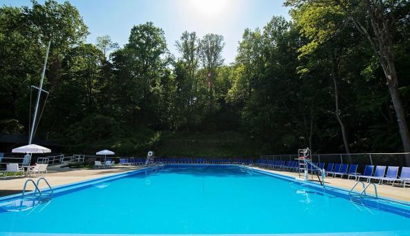 Tallman Beach and Pool Club