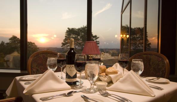 Horizon's Restaurant at Woodcliff Hotel & Spa