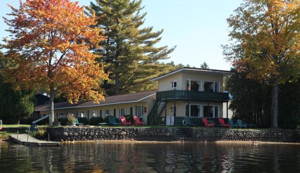 Adirondack Motel