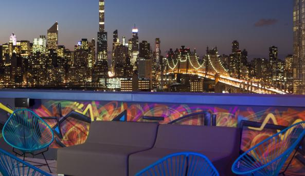 Rooftop Suite Terrace with NYC View