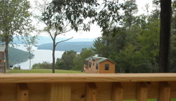 Bluff Point of View Chalet Rentals