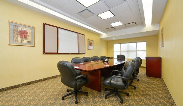 Comfort Inn & Suites Akwesasne- Boardroom