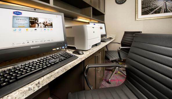24-Hr Business Center