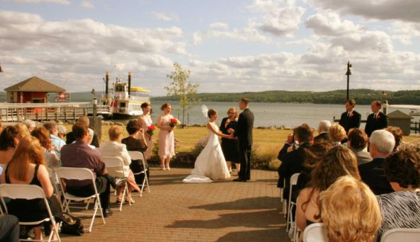 canandaigua-lady-canandaigua-wedding-ceremony