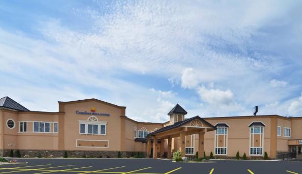Comfort Inn and Suites Plattsburgh