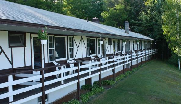 Conway's Lake Manor 2