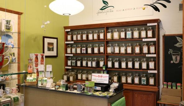 good-life-tea-canandaigua-interior