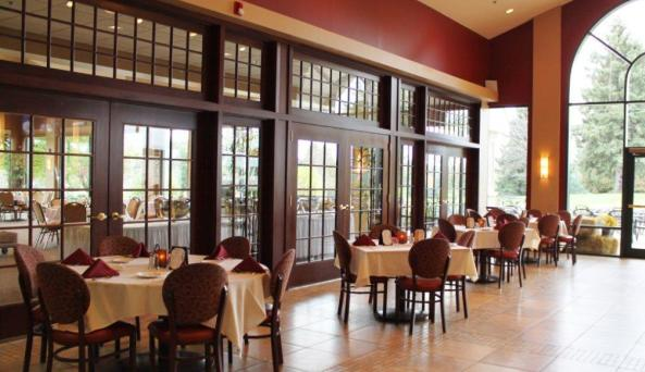 terry hills grill room