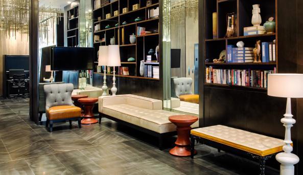 lobby at Holiday Inn Manhattan - Financial District