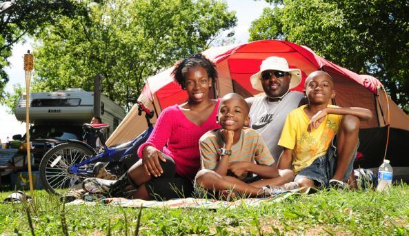 koa-canandaigua-family-by-tent