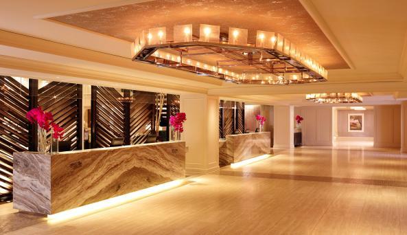 Park Central Hotel, lobby