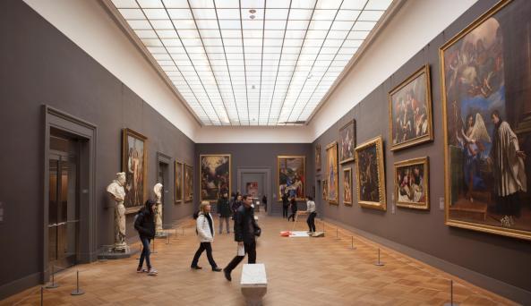 The Met Fifth Avenue, gallery