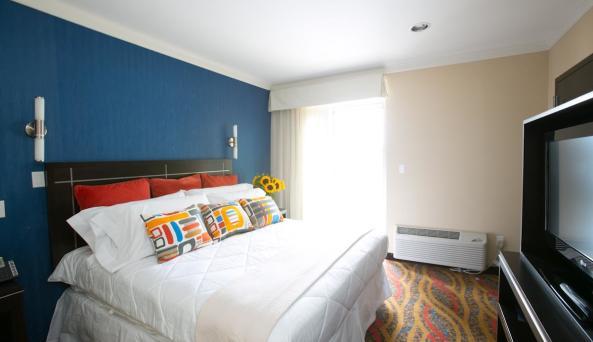 Neva Hotel, room