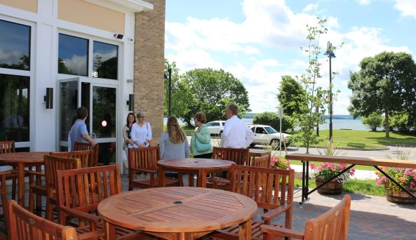 young-lion-patio-canandaigua-lake-people