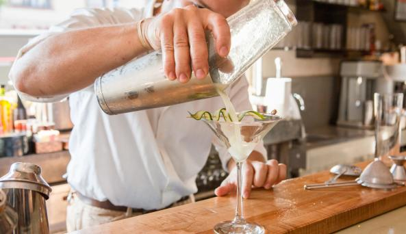 Ovelia Restaurant Bar