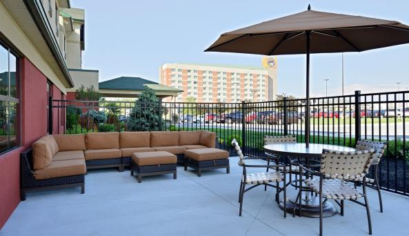 Comfort Inn & Suites AkwesasnePatio