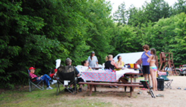 Carterville Acres Family Campground Picnic Area