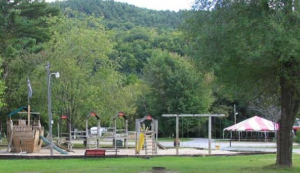 Lake George Schroon Valley Resort 3