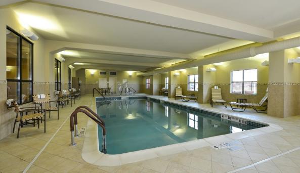 Comfort Inn & Suites AkwesasnePool