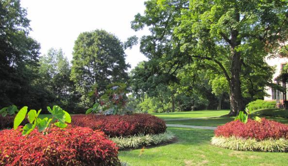 Locust Grove - Garden2