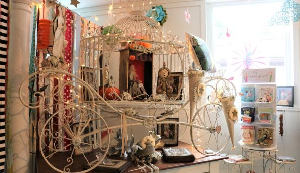 true-lily-canandaigua-interior-carriage