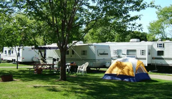 Westfield Lake Erie KOA