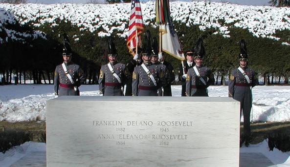 01-30-04 02.a 122nd FDR Birthday Ceremony Photo NPS WD Urbin.jpg