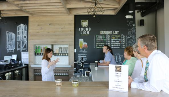 young-lion-brewing-tasting-room-people